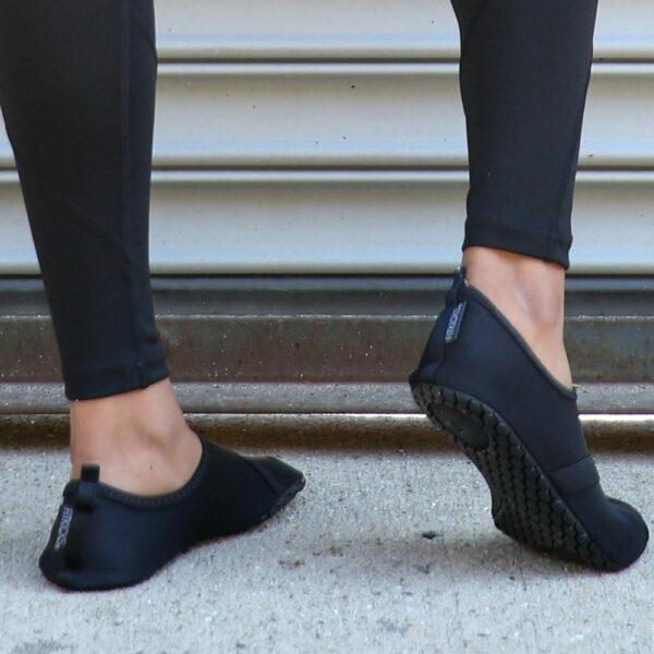 FitKicks Women, All Black - BELE Fit