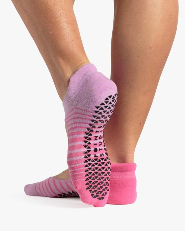 Ruby Grip Sock Pink - BELE Fit